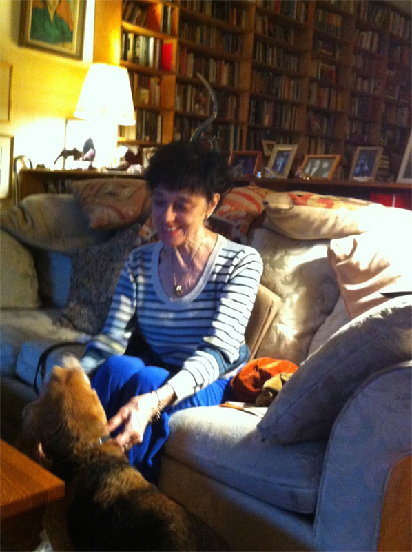 Valerie Taylor-Barnes at home with Joshua the beagle.<br />© Marina Harss.