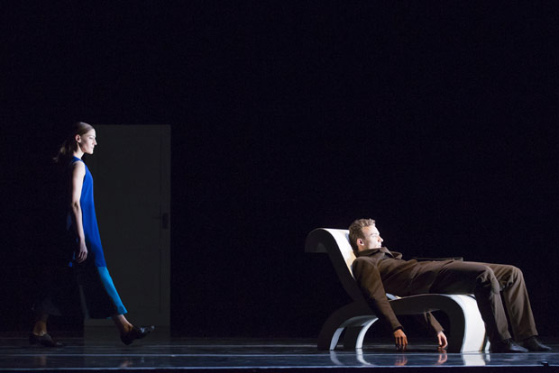 Hubbard Street Dancers Meredith Dincolo and Quinn B. Wharton in <I>Casi-Casa</I> by Mats Ek.<br />© Todd Rosenberg. (Click image for larger version)