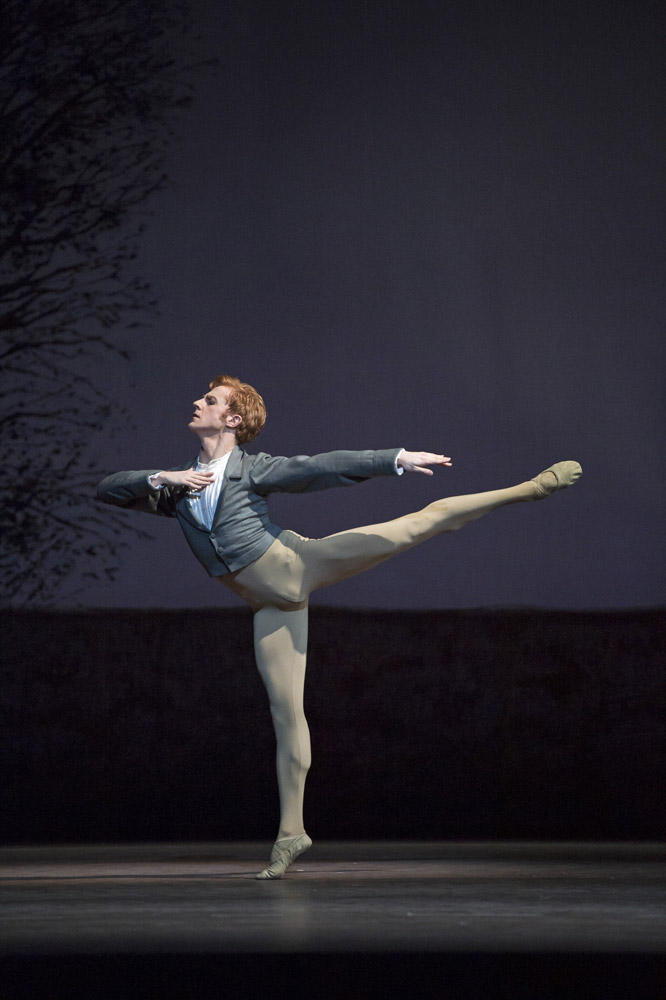 Steven McRae as Lensky in <I>Onegin</I>.<br />© Bill Cooper, by kind permission of the Royal Opera House. (Click image for larger version)