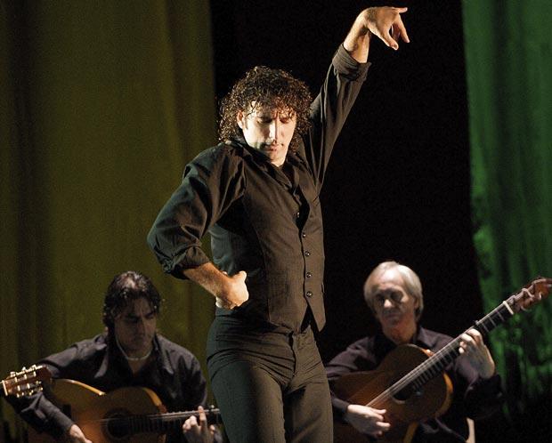 Ángel Muñoz.<br />© Elliott Franks. (Click image for larger version)