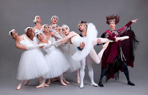 Les Ballets Trockadero de Monte Carlo in <I>Swan Lake</I>.<br />© Sascha Vaughan. (Click image for larger version)