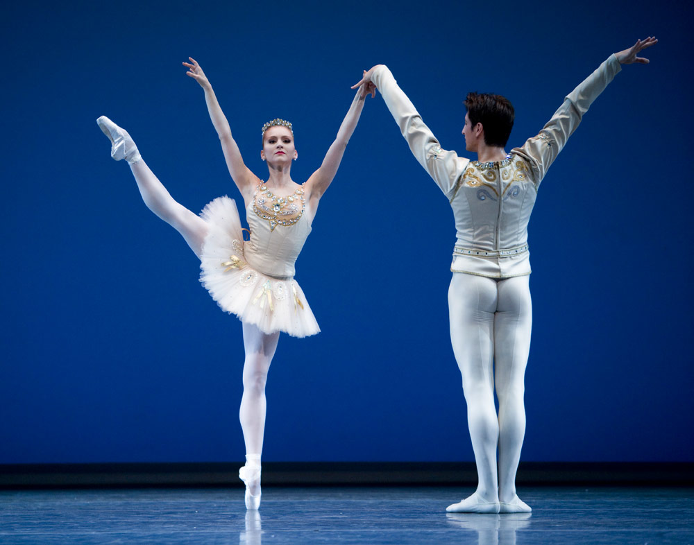 Carla Körbes (with former company member Stanko Milov) in <I>Diamonds</I> choreographed by George Balanchine © The George Balanchine Trust.<br />© Angela Sterling. (Click image for larger version)