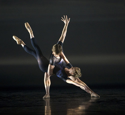 Peter Mumford did the lighting design for Birmingham Royal Ballet and David Bintley's <I>E=mc2</I>, here danced by Elisha Willis and Joseph Caley.<br />© Bill Cooper.