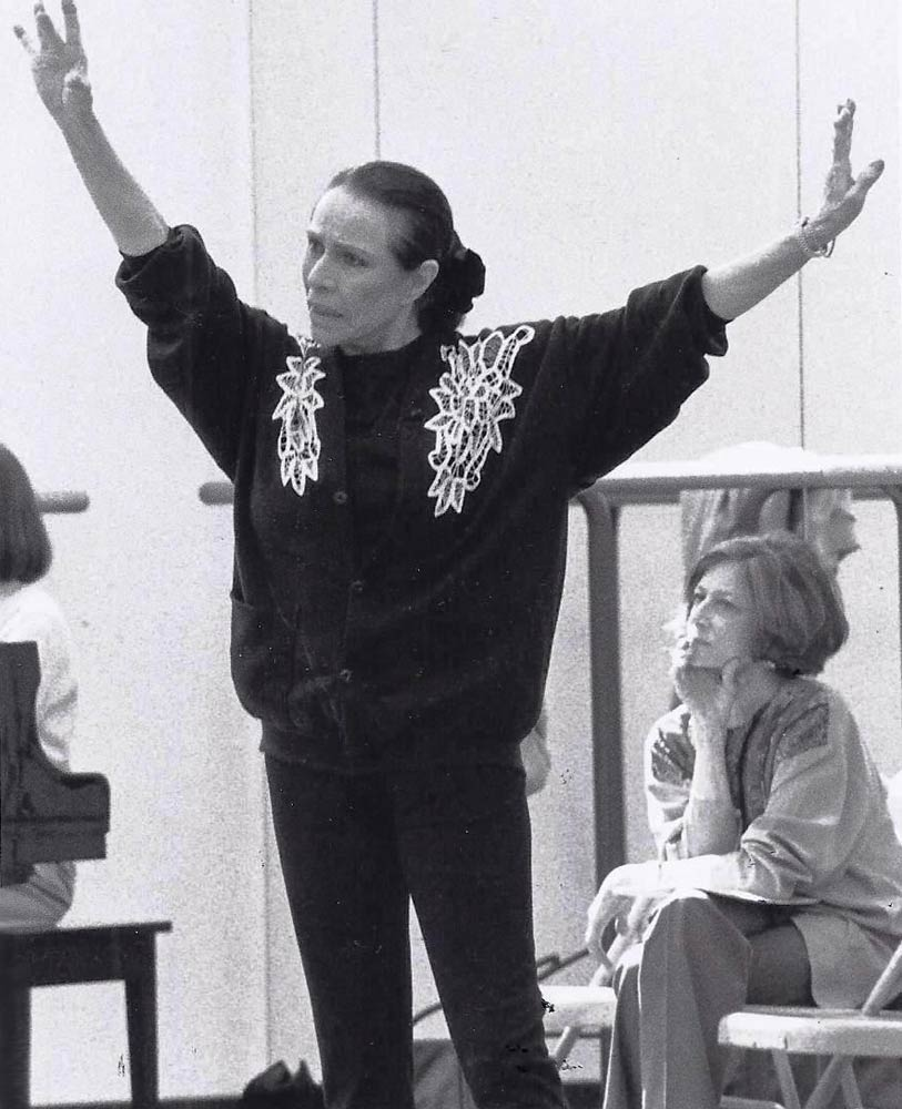 Nancy Reynolds watching Maria Tallchief coaching <I>Scotch Symphony</I>, GBF Video Archives, 1996.<br />© Brian Rushton. (Click image for larger version)