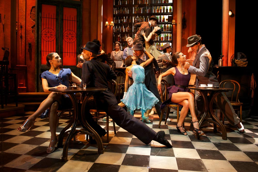 The cast of Midnight Tango.© Manuel Harlan. (Click image for larger version)