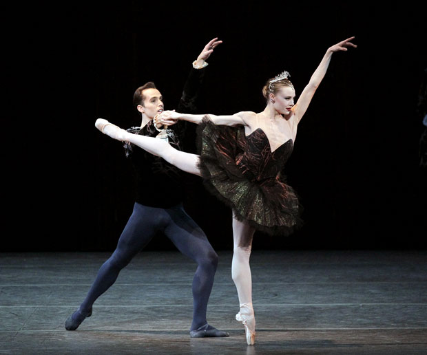 Sara Mearns and Jared Angle in Peter Martins' <I>Swan Lake</I>.<br />© Paul Kolnik. (Click image for larger version)