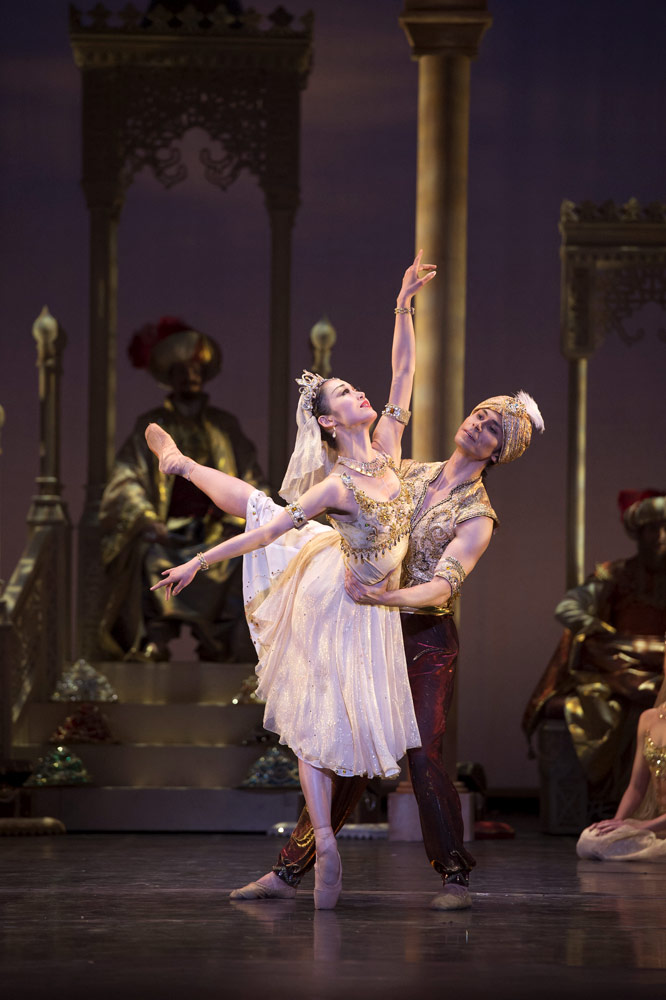 Cesar Morales and Nao Sakuma in <I>Aladdin</I>.<br />© Bill Cooper. (Click image for larger version)