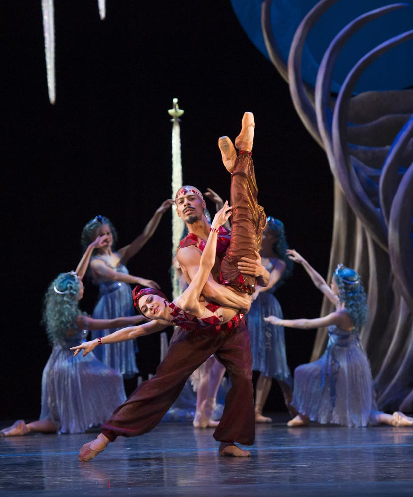 Ambra Vallo and Tyrone Singleton as Rubies in <B>Aladdin</B>.© Bill Cooper. (Click image for larger version)