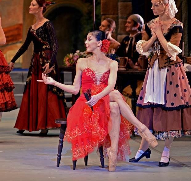 Natalia Osipova in <I>Don Quixote</I>.<br />© Dave Morgan. (Click image for larger version)