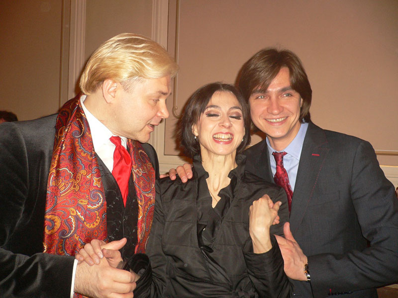 "Nina having a good giggle with two of her leading men, Andris Liepa and Sergei Filin - after last years <a href=""https://dancetabs.com/2012/04/nina-ananiashvili-30-years-on-stage-gala-tbilisi/"">30 years on stage gala</a> in Georgia.<br />© Margaret Willis. (Click image for larger version)"