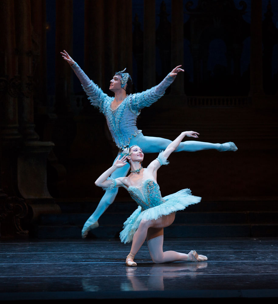 Kathleen Breen Combes and Joseph Gatti in <I>The Sleeping Beauty</I>.<br />© Rosalie O'Connor. (Click image for larger version)