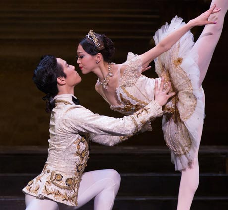 Misa Kuranaga and Jeffrey Cirio in The Sleeping Beauty.© Rosalie O'Connor. (Click image for larger version)