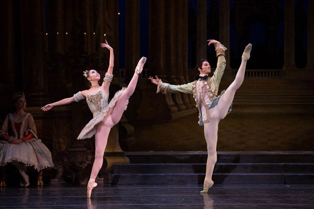 Seo Hye Han and Alejandro Virelles in <I>The Sleeping Beauty</I>.<br />© Rosalie O'Connor. (Click image for larger version)