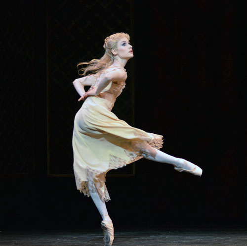Emma-Jane Maguire as Princess Stephanie in The Royal Ballet's Mayerling.© Dave Morgan, courtesy the Royal Opera House. (Click image for larger version)
