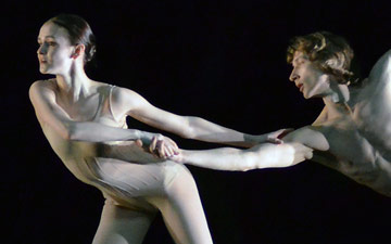 Mikhailovsky Ballet perform Nacho Duato's Without Words.© Dave Morgan. (Click image for larger version)