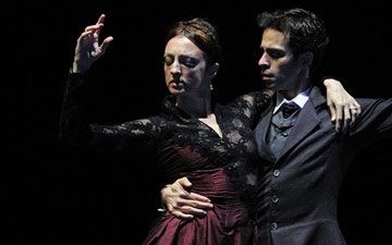 Lorena Feijoo and Vitor Luiz in Caniparoli's Ibsen's House.© Erik Tomasson. (Click image for larger version)