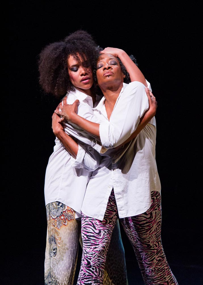 Leslie Cuyjet and Cynthia Oliver in Boom!.© Ian Douglas. (Click image for larger version)