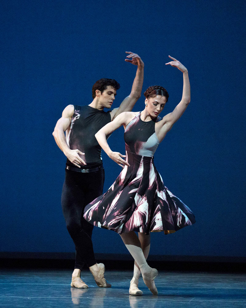 Veronika Part and Roberto Bolle in Symphony #9.© Rosalie O'Connor. (Click image for larger version)