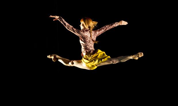 Sylvie Guillem in Mats Ek's <I>Bye</I>. © Bill Cooper. (Click image for larger version)