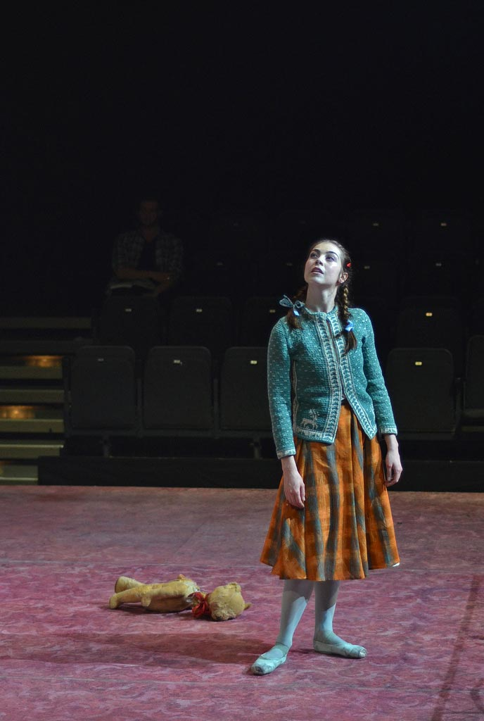 Leanne Cope in Liam Scarlett's <I>Hansel and Gretel</I>.<br />© Dave Morgan, courtesy the Royal Opera House. (Click image for larger version)