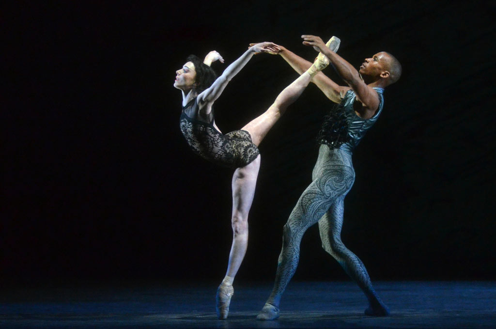 The Raven Girl and the Raven Prince (Sarah Lamb, Eric Underwood) in Wayne McGregor's Raven Girl.© Dave Morgan, courtesy the Royal Opera House. (Click image for larger version)
