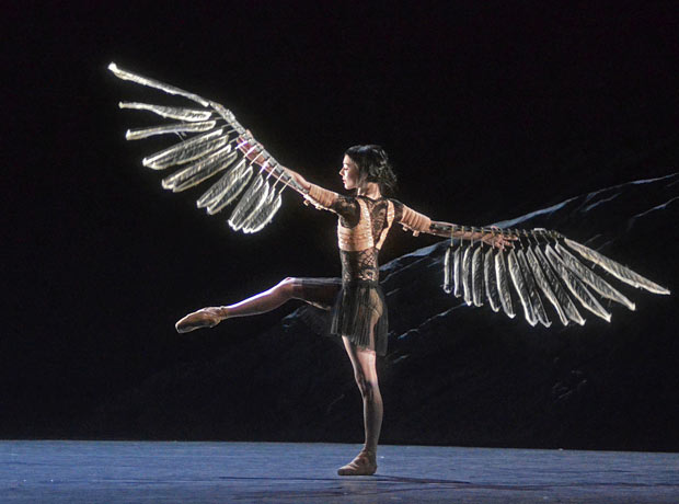 Sarah Lamb in <I>Raven Girl</I>.<br />© Dave Morgan, courtesy the Royal Opera House. (Click image for larger version)