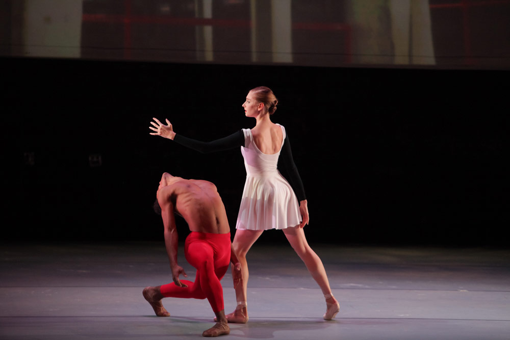 Ashley Laracey and Taylor Stanley performing with <B>Satellite Ballet</B> in 2012.<br />© Erin Baiano. (Click image for larger version)
