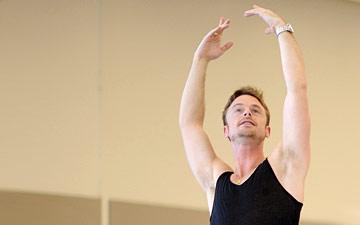 Christopher Wheeldon rehearsing his new Cinderella.© Erik Tomasson. (Click image for larger version)