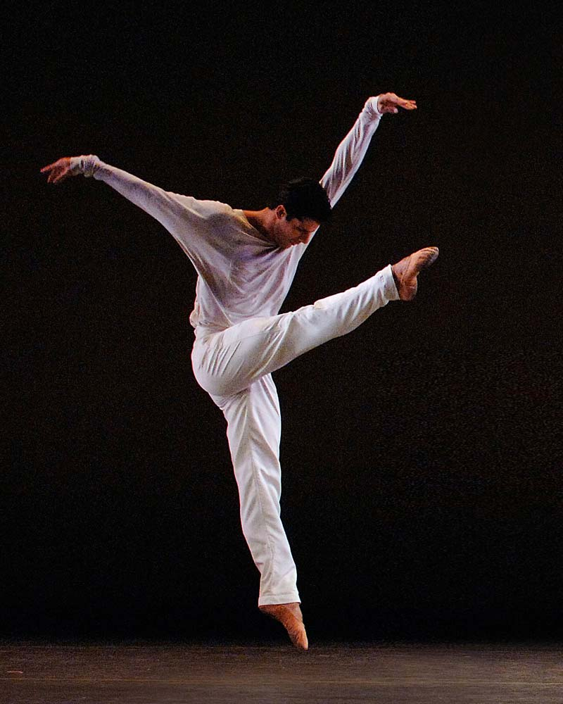 Marcelo Gomes in <i>Drink to Me Only With Thine Eyes</i>.<br />© Gene Schiavone. (Click image for larger version)