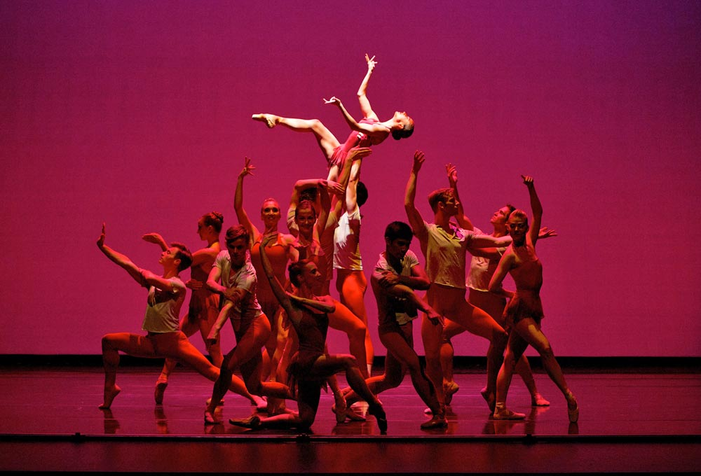 Terez Dean with Smuin Ballet in JAZZIN' by Darrell Grand Moultrie.© Keith Sutter. (Click image for larger version)