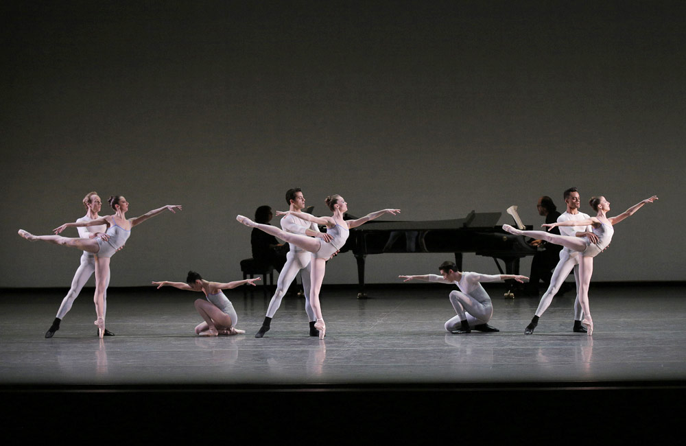 The Company in Justin Peck's In Creases.© Paul Kolnik. (Click image for larger version)
