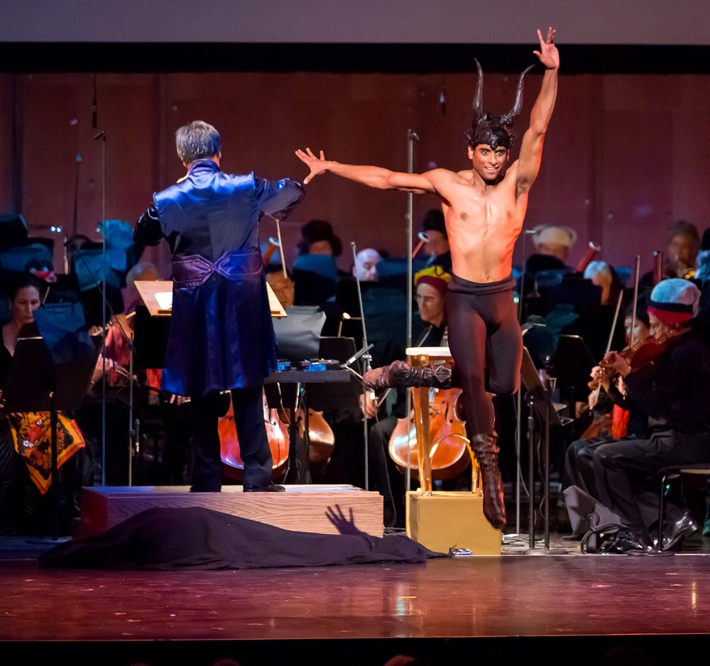Amar Ramasar in Petrushka with the New York Philharmonic.© Chris Lee. (Click image for larger version)