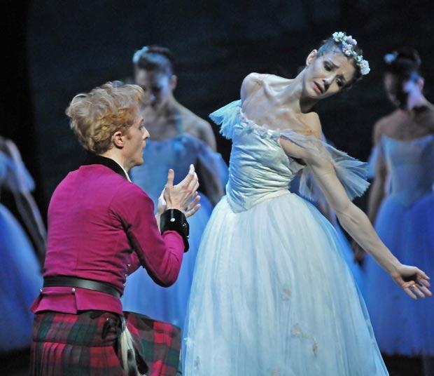 Alina Cojocaru (and Steven McRae) in <I>La Sylphide</I>.<br />© Dave Morgan, courtesy the Royal Opera House. (Click image for larger version)