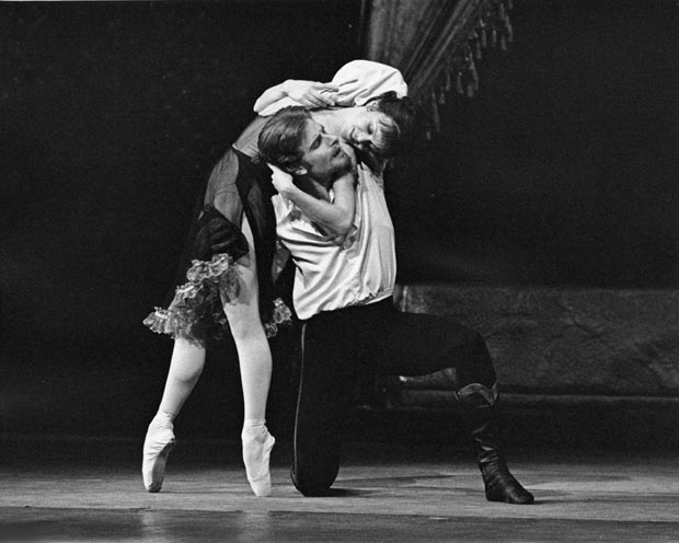 David Wall as Crown Prince Rudolf and Leslie Collier as Mary Vetsera in The Royal Ballet production of <i>Mayerling</i>.<br />© Leslie E Spatt, 1980, courtesy ROH. (Click image for larger version)