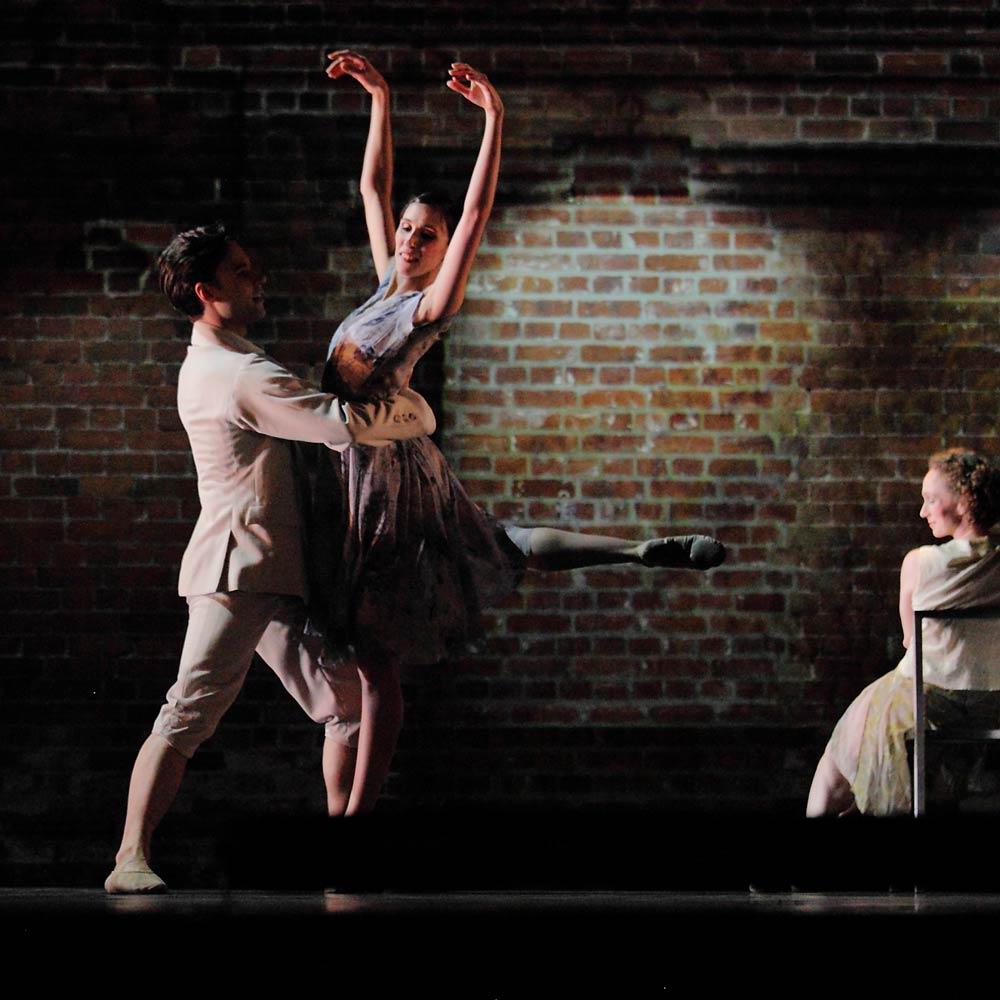 Royal Ballet: Alexander Campbell, Itziar Mendizabal and Deidre Chapman in Kim Brandstrup's Ceremony of Innocence.© Rob Marrison. (Click image for larger version)