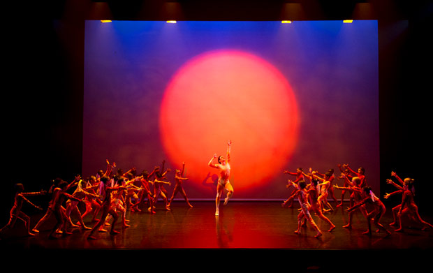 Tristan Dyer and the Chance to Dance young dancers in The Rite of Spring.© Sim Canetty-Clarke, courtesy the Royal Opera House. (Click image for larger version)