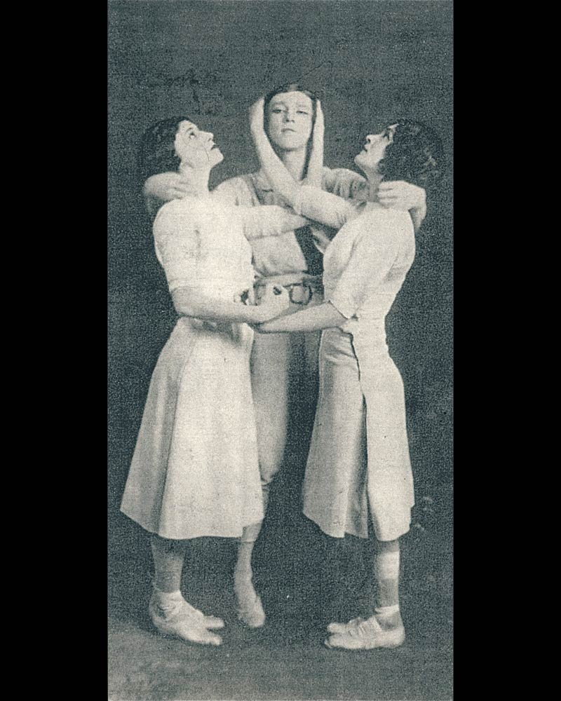 "Charles Gerschel photograph of the original trio as they form the grouping Diaghilev called ""the fountain"", 1913. From Millicent Hodson, Nijinsky's Bloomsbury Ballet, Jeux (Pendragon, New York, 2008), p. 208. (Click image for larger version)"