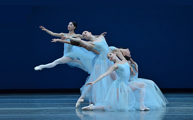 Boston ballet in <I>Serenade</I>.<br />© Dave Morgan. (Click image for larger version)