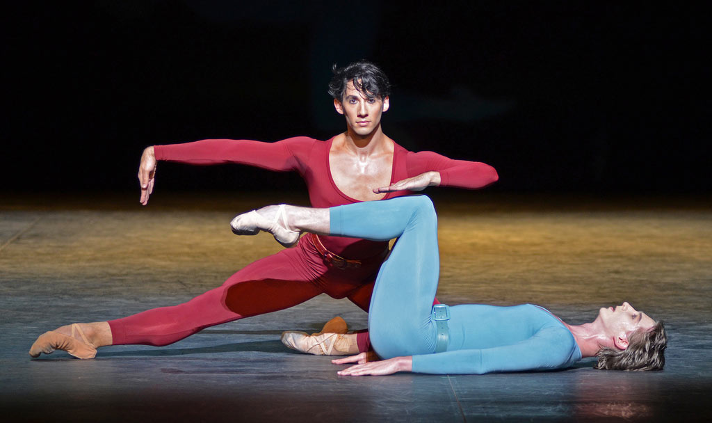 Esteban Berlanga and Vadim Muntagirov in Maurice Bejart's Songs of a Wayfarer.© Dave Morgan (Click image for larger version)