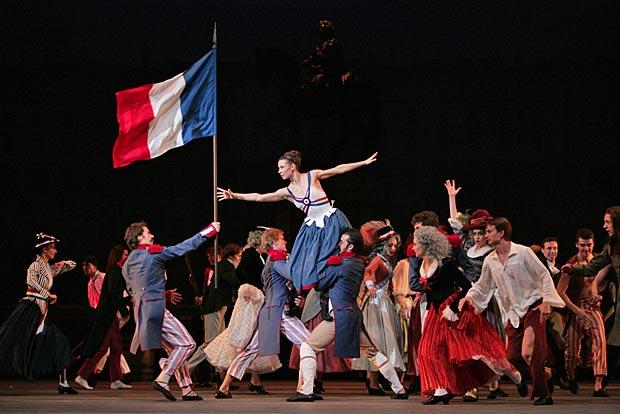 Maria Alexandrova in <I>The Flames of Paris</I>.<br />© Damir Yusupov. (Click image for larger version)