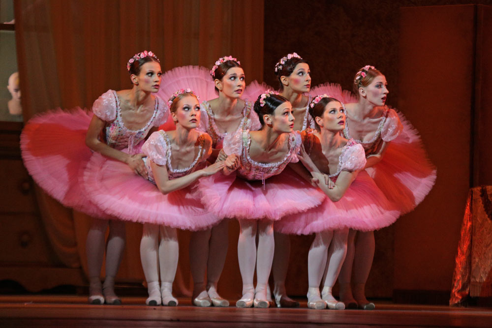 Kristina Shapran as Swanilda, with girlfriends, in Petit's Coppelia.© E Fetisova. (Click image for larger version)