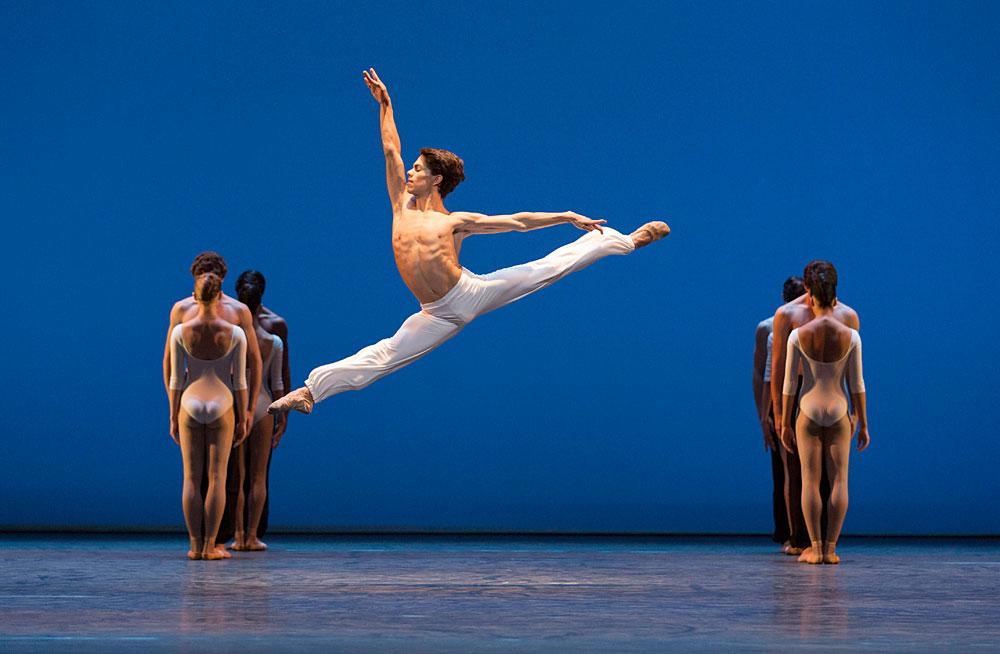 Esteban Hernandez in Seven Greek Dances.© Johan Persson. (Click image for larger version)