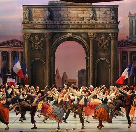 Mikhailovsky Ballet in <I>The Flames of Paris</I>.<br />© Stas Levshin, courtesy the Mikhailovsky Ballet. (Click image for larger/full version)
