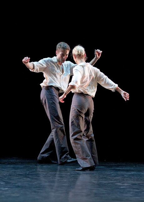 Sophie Laplane and Daniel Davidson in Twyla Tharp's <I>The Fugue</I>.<br />© Andrew Ross. (Click image for larger version)