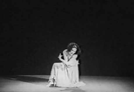Mary Wigman in <I>Hexentanz</I>. Sadly we can't embed the video on this page but clicking on the picture will take you to Moderne-Dans where you can see it in full – do take a look.<br />© Moderne-Dans.