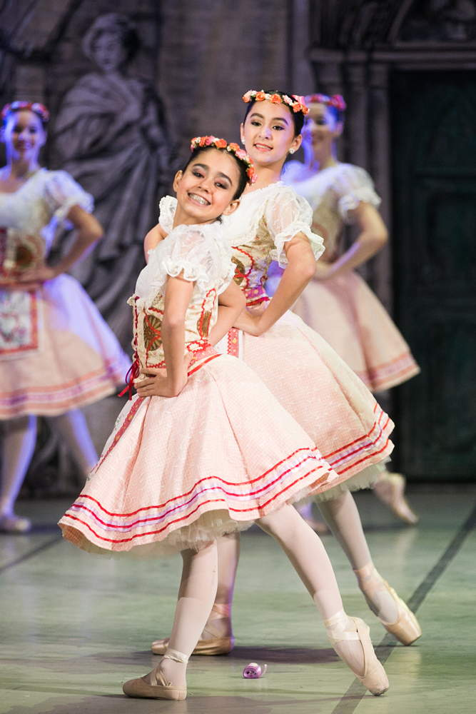 "Ballet students in <I>Coppelia</I>.<br />© Agustin Goncalves, <a href=""http://twitter.com/agusgon"">@agusgon</a>. (Click image for larger version)"