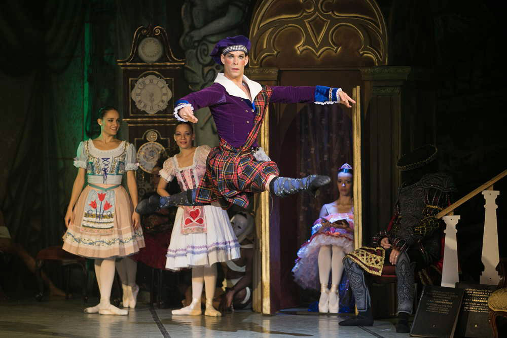 "Yosvanni Cortellan as the Scottish doll in <I>Coppelia</I>.<br />© Agustin Goncalves, <a href=""http://twitter.com/agusgon"">@agusgon</a>. (Click image for larger version)"