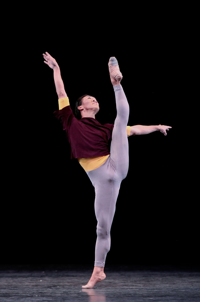 Jim Nowakowski in Hans van Manen's Solo.© Amitava Sarkar. (Click image for larger version)