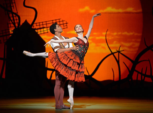 Marianela Nunez and Carlos Acosta in <I>Don Quixote</I>.<br />© Dave Morgan, by kind permission of the Royal Opera House. (Click image for larger version)