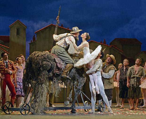 Marianela Nunez (and Carlos Acosta) with Christopher Saunders in <I>Don Quixote</I>.<br />© Dave Morgan, by kind permission of the Royal Opera House. (Click image for larger version)